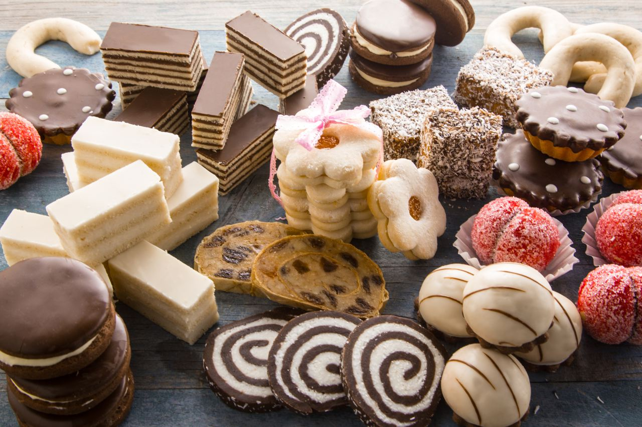 Конфеты и печенье картинка